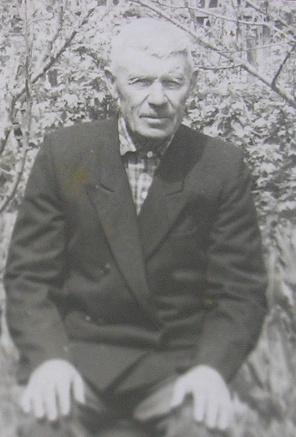 Через всю жизнь Живет в селе Пермском Мирон Иванович Самарин.  В 1919 году восемнадцатилетним пареньком вступил он в...